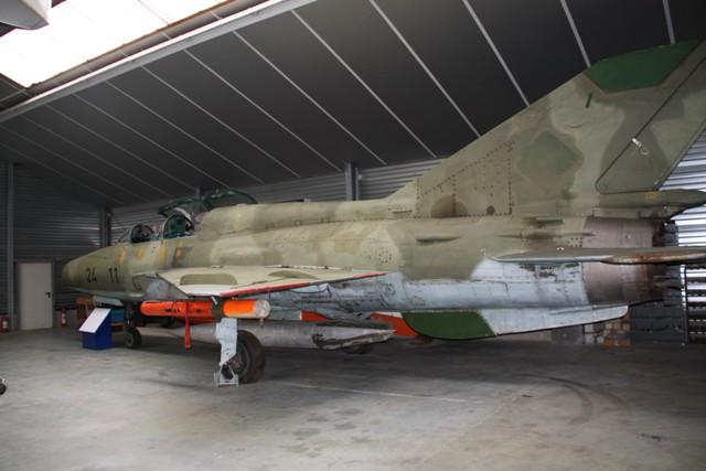 MIG-21-UM-2